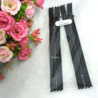 12cm Black Close End Zipper Black Metal Handle 2pcs NDA135BLK