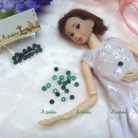 NDB009GRN Doll High Quality Button Round 4mm Pearl Green