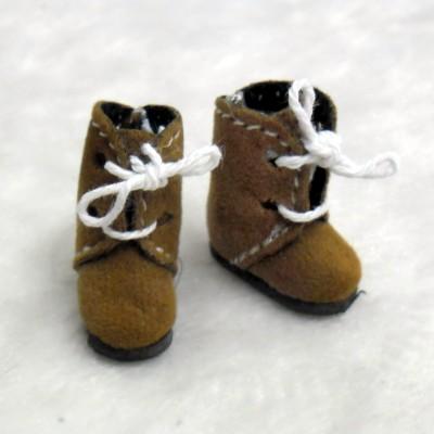 Middie B 2.2cm Doll Shoes Flocked Boots Lt.BRN SBB008LBN