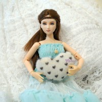1/6 Doll Miniature Mini Cushion Heart TPS113WHE