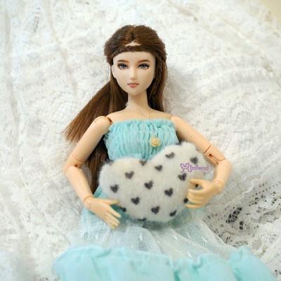 Blythe Momoko 1/6 Doll Miniature Mini Cushion Heart TPS113WHE
